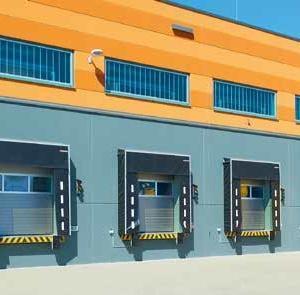 Фото 6 - Двустенные ворота со стальными секциями с термическим разделением SPU 67 Thermo.